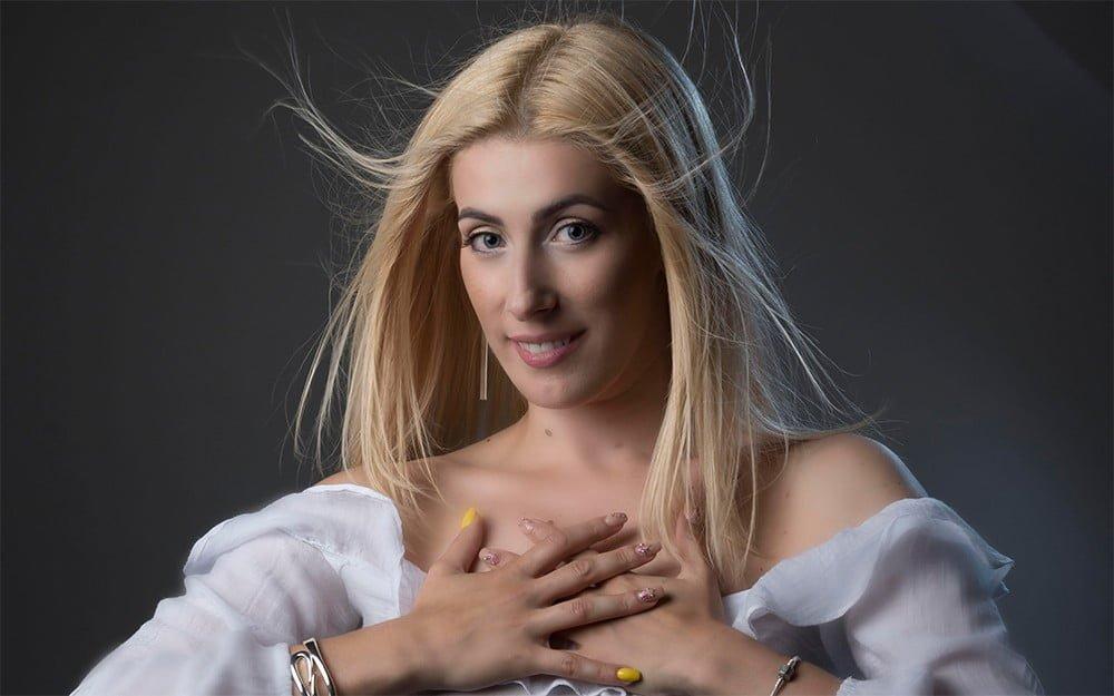 Judit Borzasi instructor kizomba la Sonrisa Dance Center Cluj